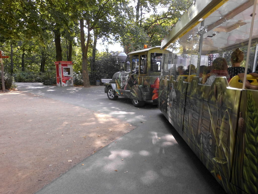 Elektro-Bahn im Tierpark Berlin