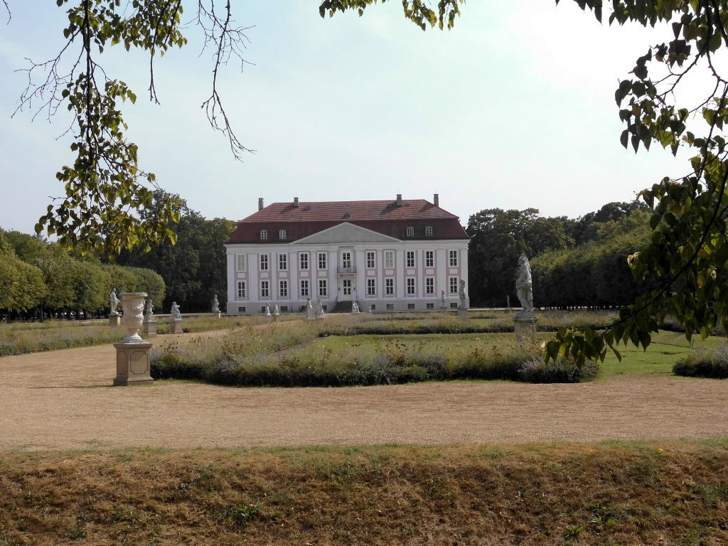 Schloßgarten im Tierpark Berlin